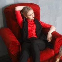 леди в красном :: Мария Гребенева