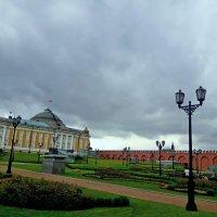 Сквер в Кремле :: Tata Wolf