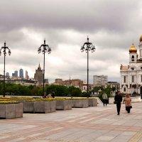Пейзаж с храмом :: Владимир Болдырев
