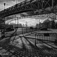 Патриарший мост :: Юрий Яньков