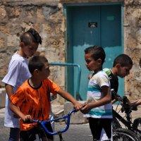 Арабский мир - 2. Мальчишки. :: Оксана Пестова