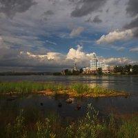 Тучи над городом встали... :: Александр Попов