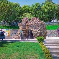 Туристы в Стамбульском парке. :: Вахтанг Хантадзе