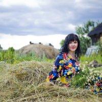 На сеновале в деревне :: Elena Vershinina