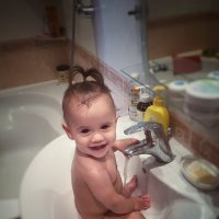 Моя третья внученька! :: Олег Каплун