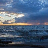 Не спокойно синее море... :: @ fotovichka