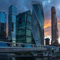 Москва-Сити :: Виталий Устинов