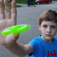 Мальчик со спинером :: Александр Алексеев