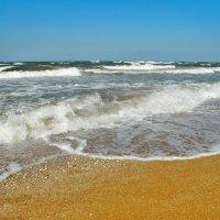 Волны Азовского моря. :: владимир
