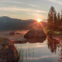 утро на озере Светлое :: Дамир Белоколенко