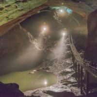 В Ново-Афонской пещере. :: Виктор Евстратов
