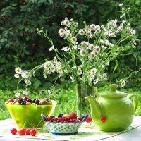 В саду :: Татьяна Смоляниченко