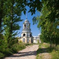 По дороге к храму :: Александр Горбунов