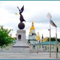 Вид на Покровский мужской монастырь. :: Любовь К.