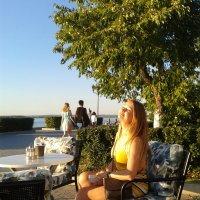 На набережной :: наталия
