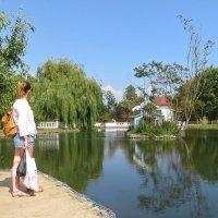 Озеро в парке :: Татьяна Смоляниченко