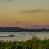 На вечернюю рыбалку... :: Арина