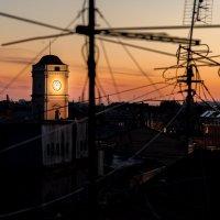 закат над Городом крыш :: Владимир Дарымов