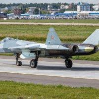 Прототип истребителя пятого поколения Т-50 :: Павел Myth Буканов