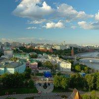 Смотровая площадка ХХС. :: Александр Бабаев