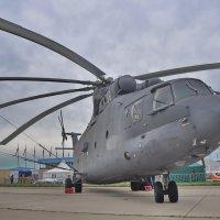 Тяжёлый военно-транспортный вертолёт Ми-26 :: Алексей Михалев