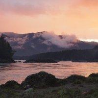 Закат на берегу р. Катунь :: Кристина Воробьева