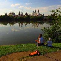 Мам, а принцесса в замке живет? :: Андрей Лукьянов