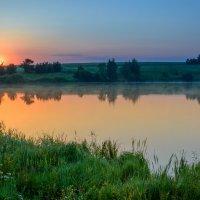 Ночь пройдёт наступит утро ясное... :: Евгений Осипов