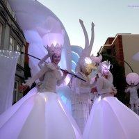 """Белый парад"" (Weiße Parade). Очаровательная улыбка :: Nina Yudicheva"