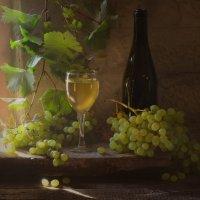 С виноградом :: Evgeniy Belkov