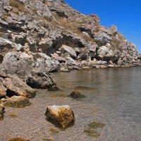 Камни и море... :: владимир