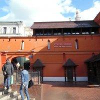 Фрагмент Китайгородской стены :: Андрей Солан