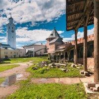 Часозвоня - башня с часами в Новгородском кремле (вариант 2) :: Алексей Кошелев