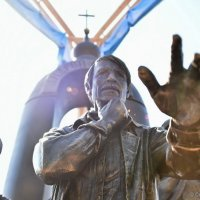 Открытие памятника Тарковскому в Суздале :: Светлана Яковлева