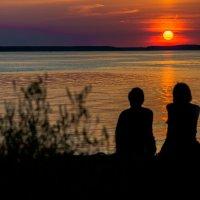 Любуясь закатом. :: Виктор Евстратов
