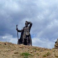 Памятник бродяге :: Ольга
