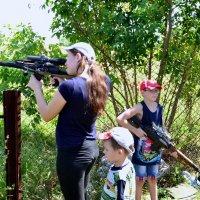 Можем с мамой мы держать круговую оборону! :: Владимир Болдырев