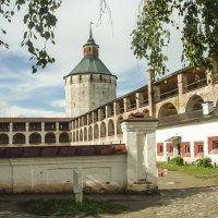 Кирилло-Белозерский монастырь :: Анатолий Смирнов
