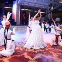 Танец невесты :: Колибри М