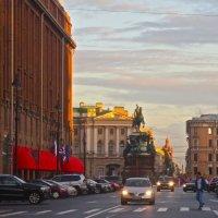 на Исаакиевской площади :: Елена