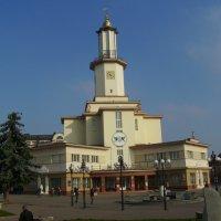 Городская   ратуша   Ивано - Франковска :: Андрей  Васильевич Коляскин