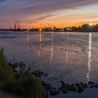 Волжский,вечерний пейзаж. :: Виктор Евстратов