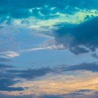 Небо над Камышином :: Пётр Сухов