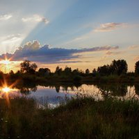 солнышко купалось на закате... :: Сергей Бойцов