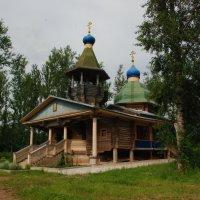 Одинокая церквушка :: Сергей Дорохов
