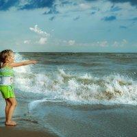 девочка на пляже :: Анна Скиргика