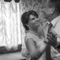 Любви все возрасты покорны :: Aleksey Nedelko