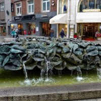 Blätterbrunnen. Hannover :: Nina Yudicheva