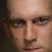 Портрет за мокрым стеклом :: Александр Синдерёв