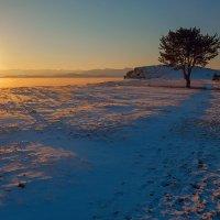 Поздний вечер на Байкале :: Анатолий Иргл